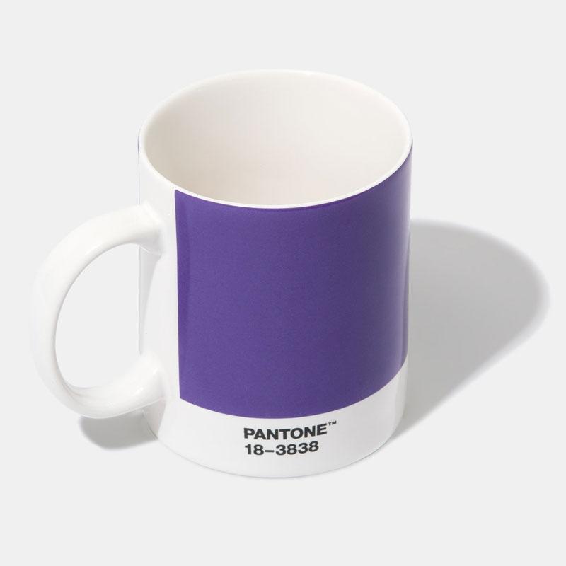 Taza pantone ultraviolet