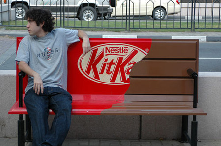 Publicidad que sorprende Tableta de chocolate kit Kat