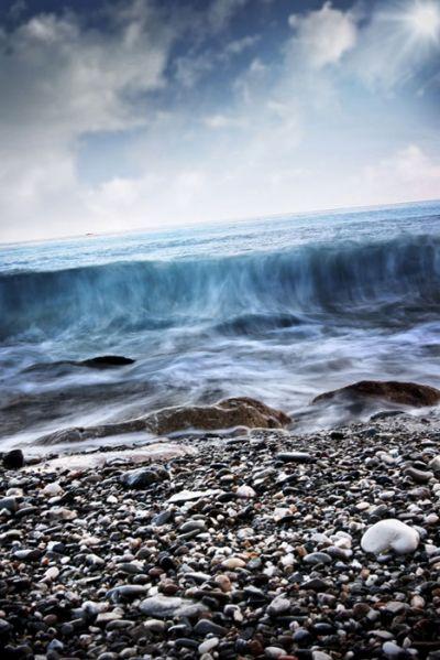 La sensación refrescante de unas olas rompiendo