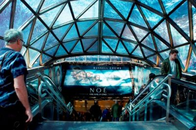 NOE toma el metro de Madrid
