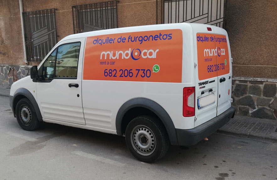 Rotulación de furgoneta con vinilos para coches